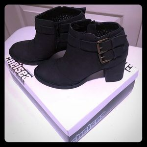 Cute Chelsea Boots by Restricted Size 8 medium
